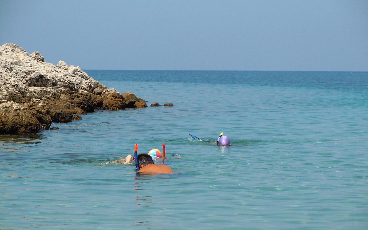 snorkeling-copii