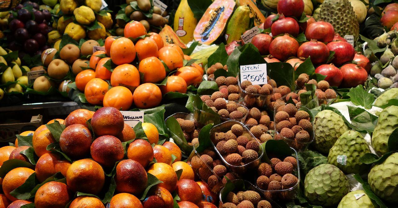 Fructe exotice in La Boqueria