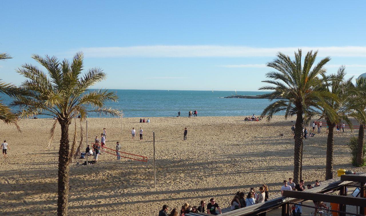 Plaja din zona Portului Olimpic