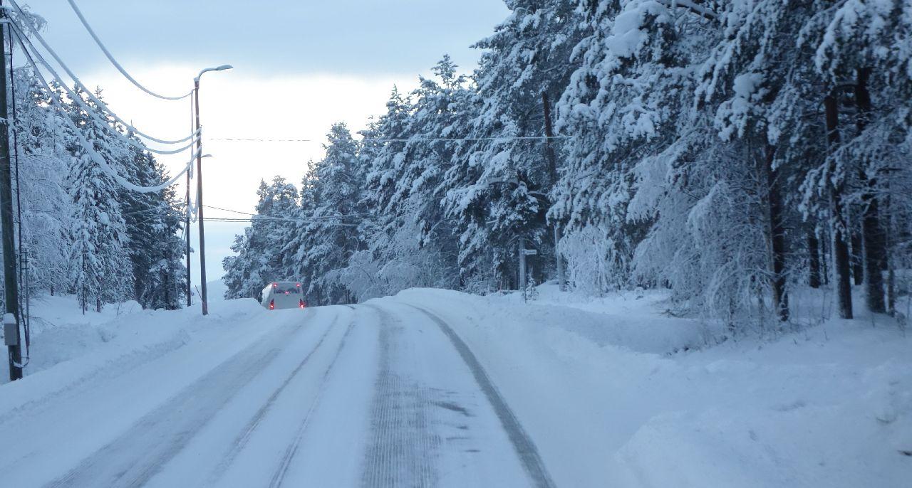 Drumurile inghetate din Laponia