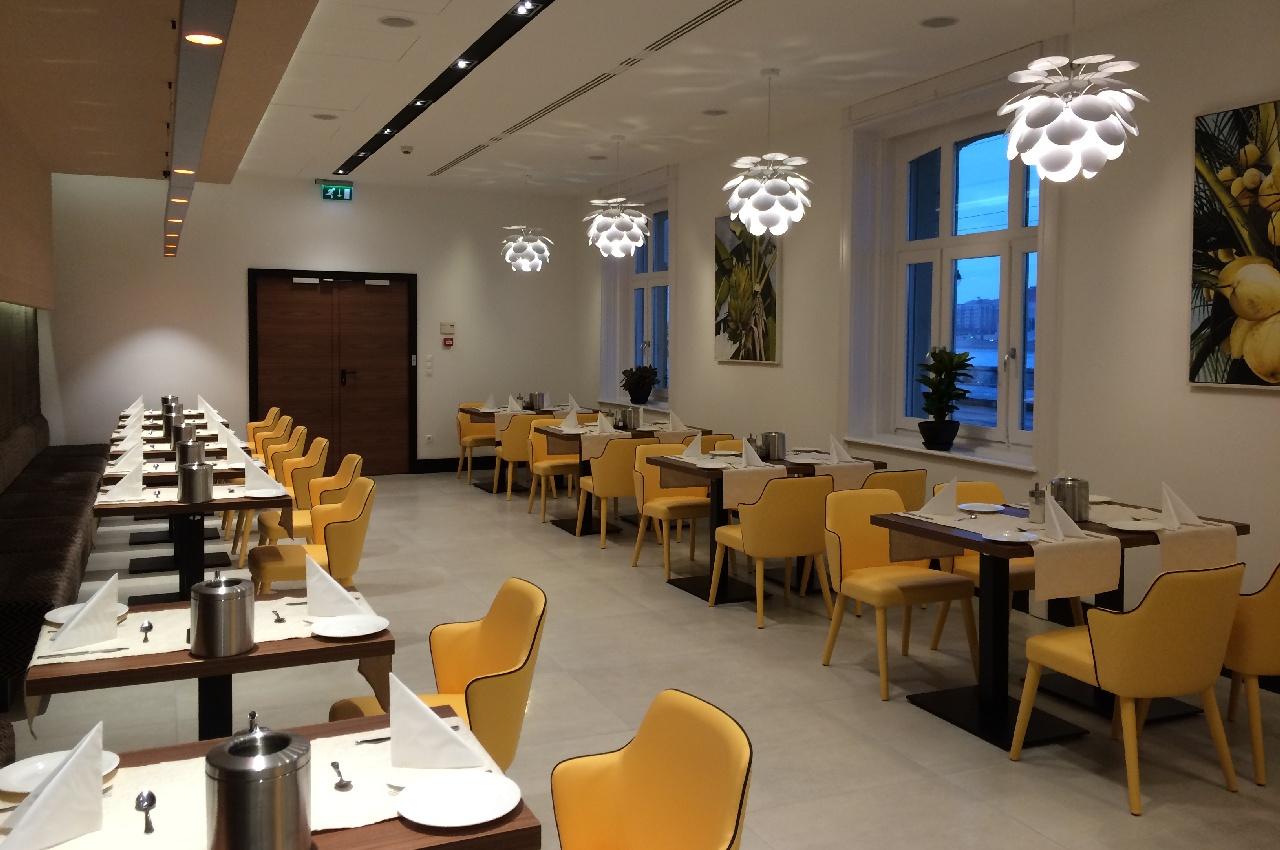 Sala de mic dejun a hotelului