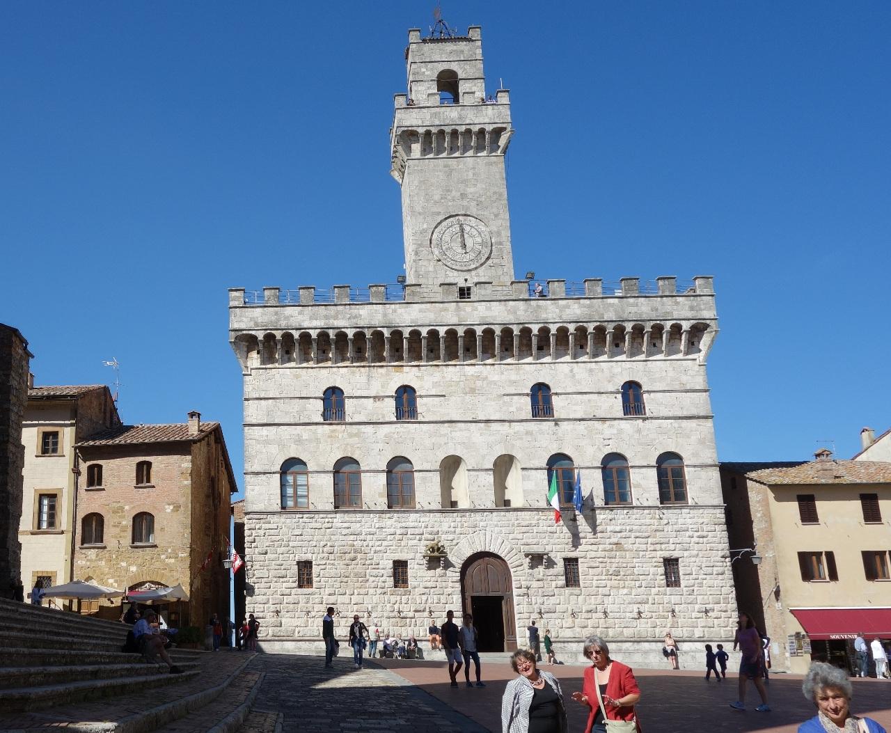 Cladirea Primariei orasului Montepulciano