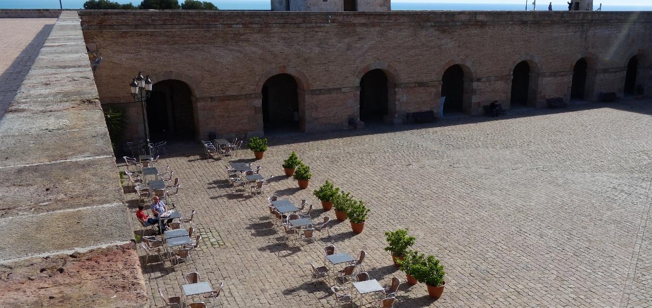 Curtea interioara a Castelului