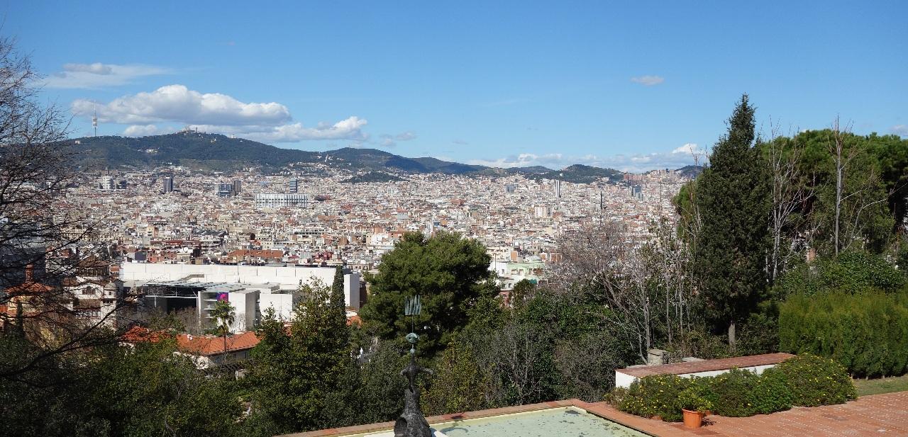 Fotografie panoramica de pe acoperisul Fundatie Joan Miro