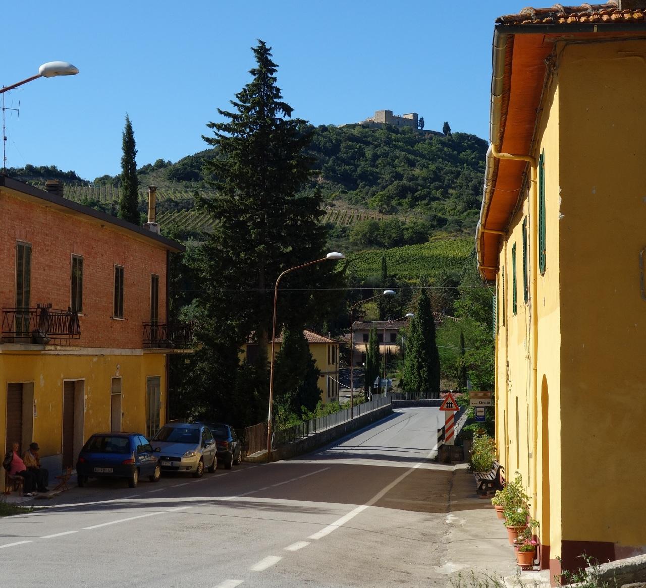 Calatorind prin Monte Amiata catre Montalcino