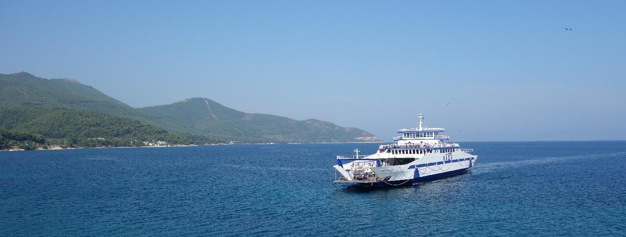 Ferry catre Thassos