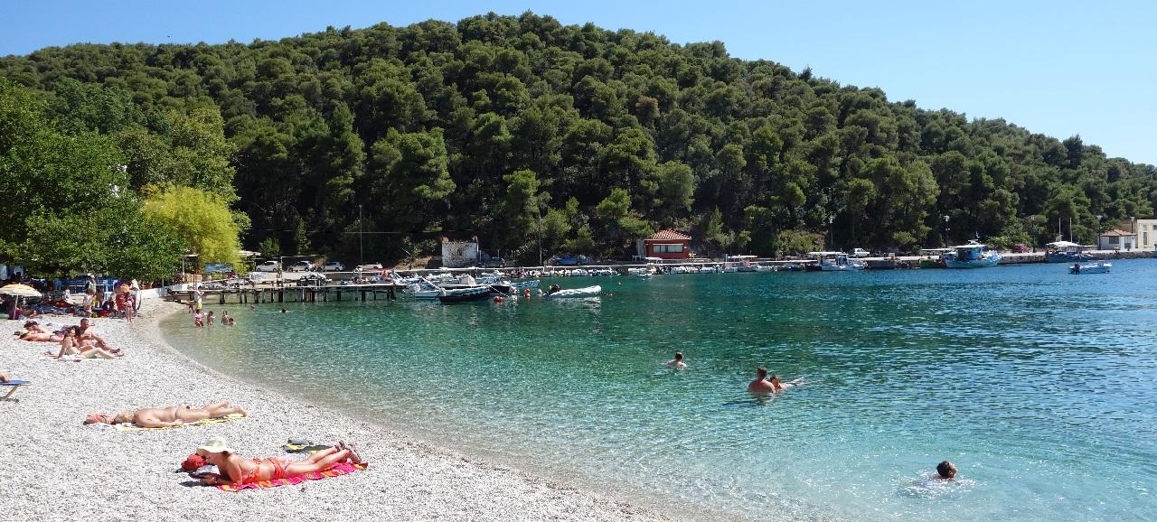 Balaceala la Agnontas Beach