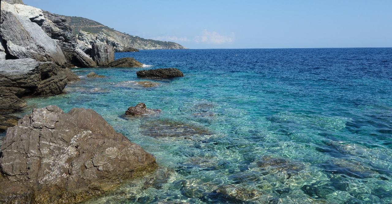 Apa cristalina a marii la Agios Ioannis