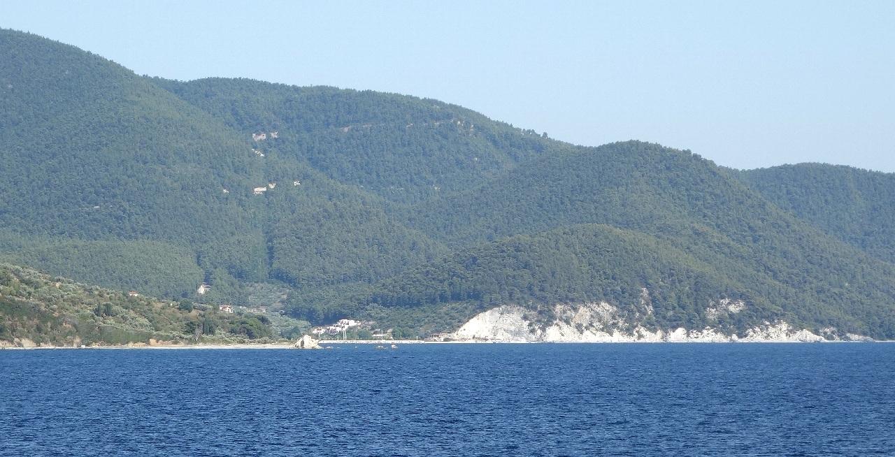 Hovolo Beach vazuta de pe feribot