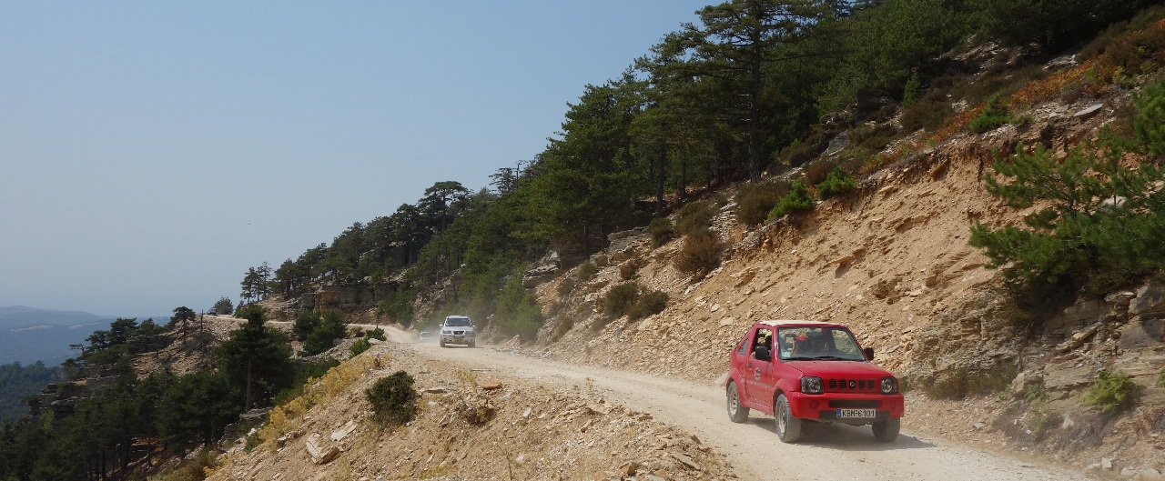 Jeep Safari pe Vf. Ypsarion (1204 m)