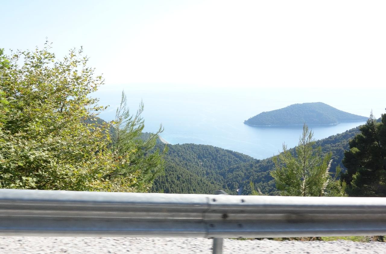"Pe ""acoperisul"" Insulei Skopelos"