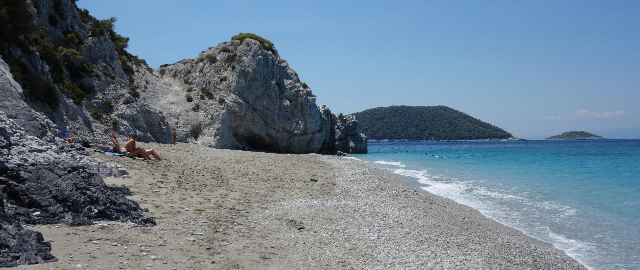 Plaja din Hovolo