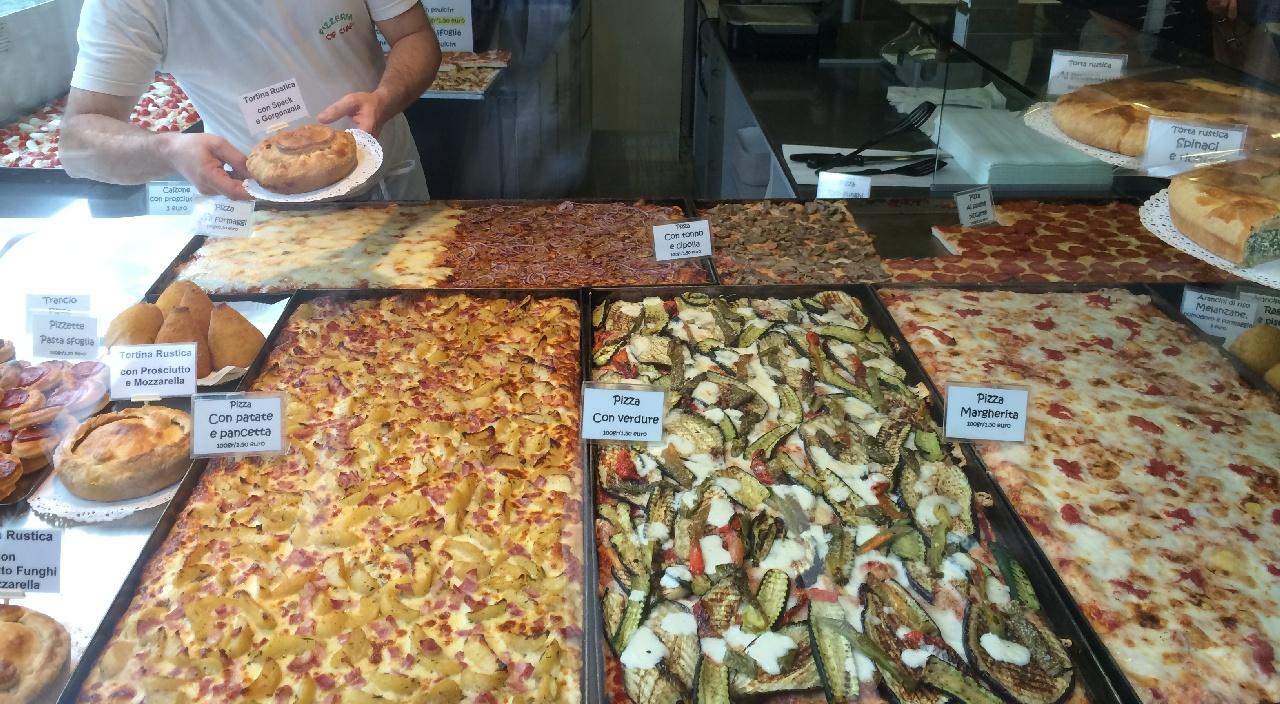 Diverse sortimente de pizza