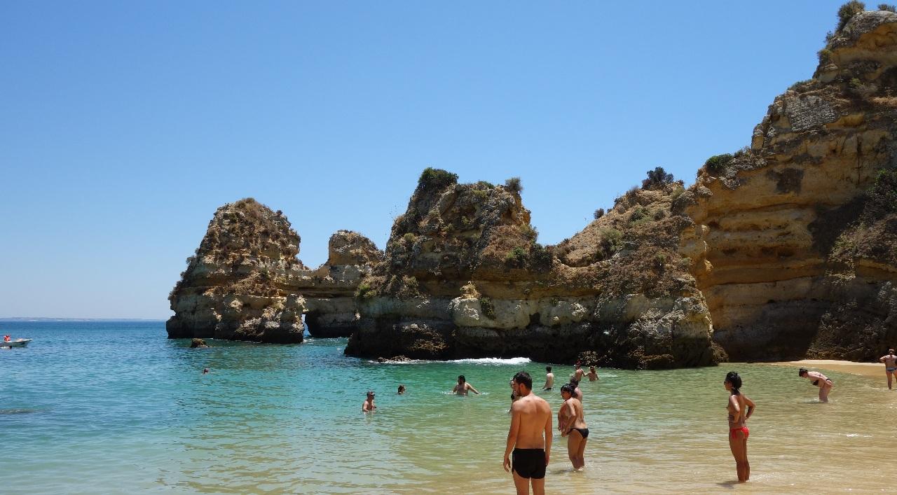 Balaceala la Praia do Camilo