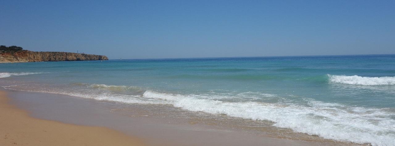 Ponta da Piedade, vedere de pe Praia do Porto de Mos