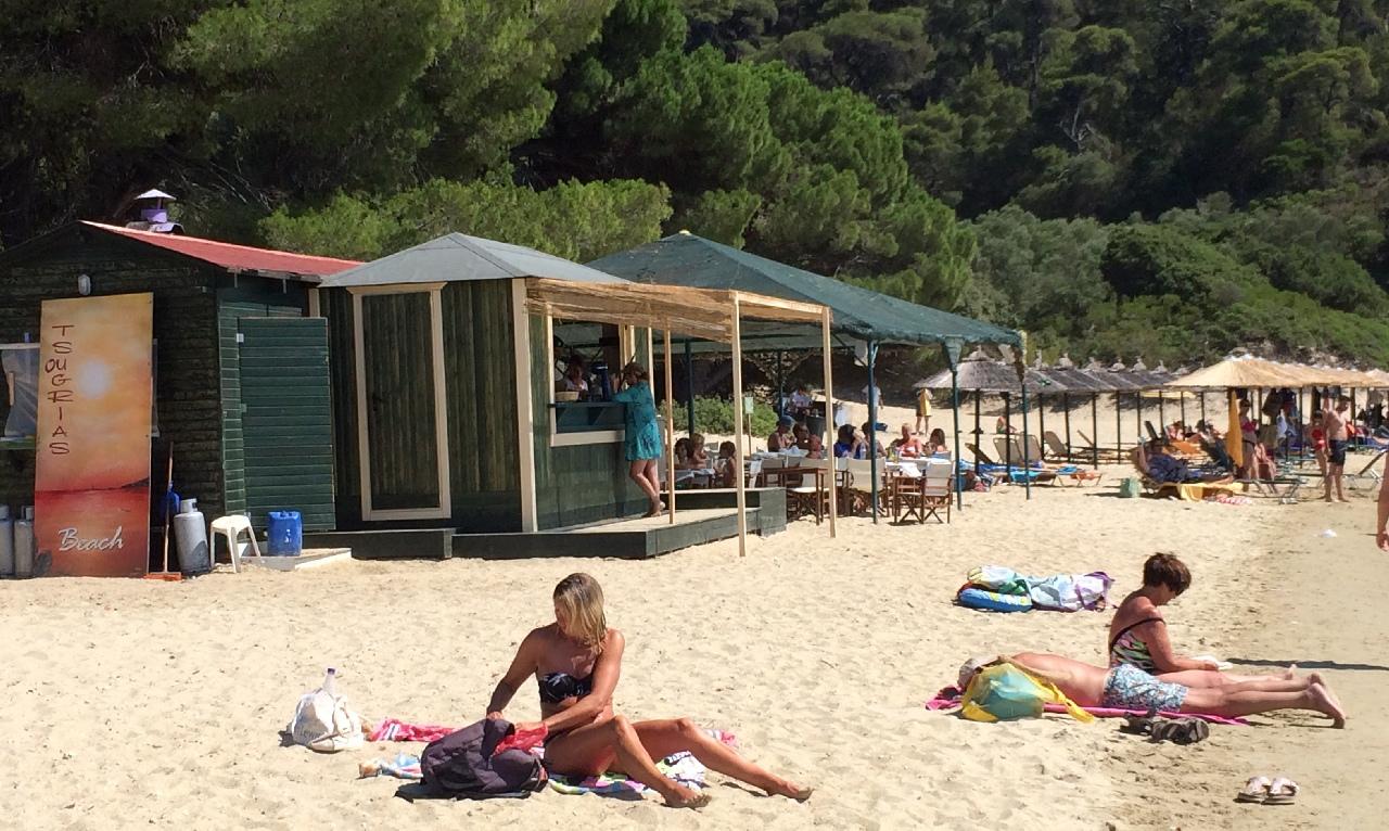 Tsougria Beach Bar