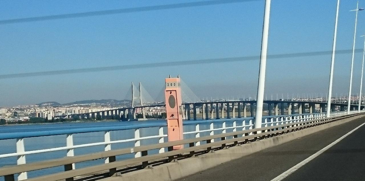 Podul Vasco da Gama din Lisabona