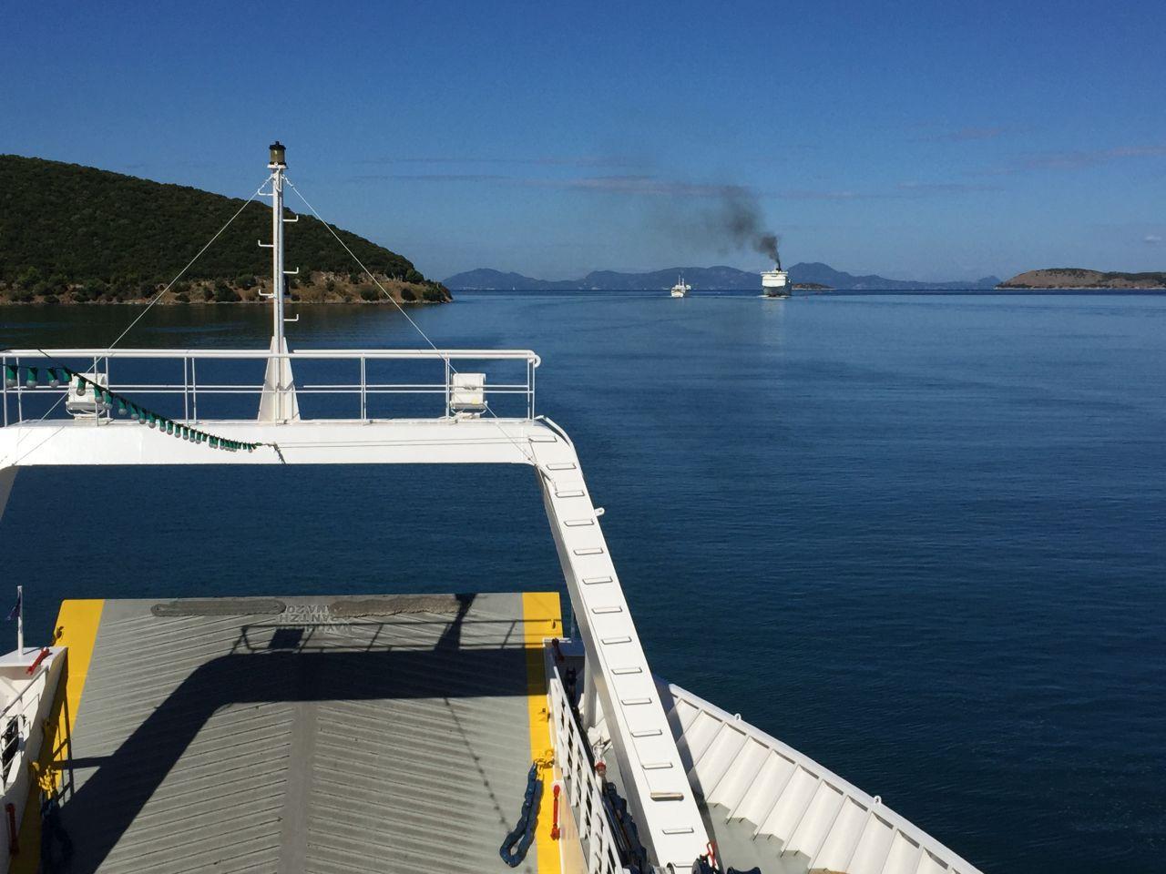 Cu feribotul, spre Corfu