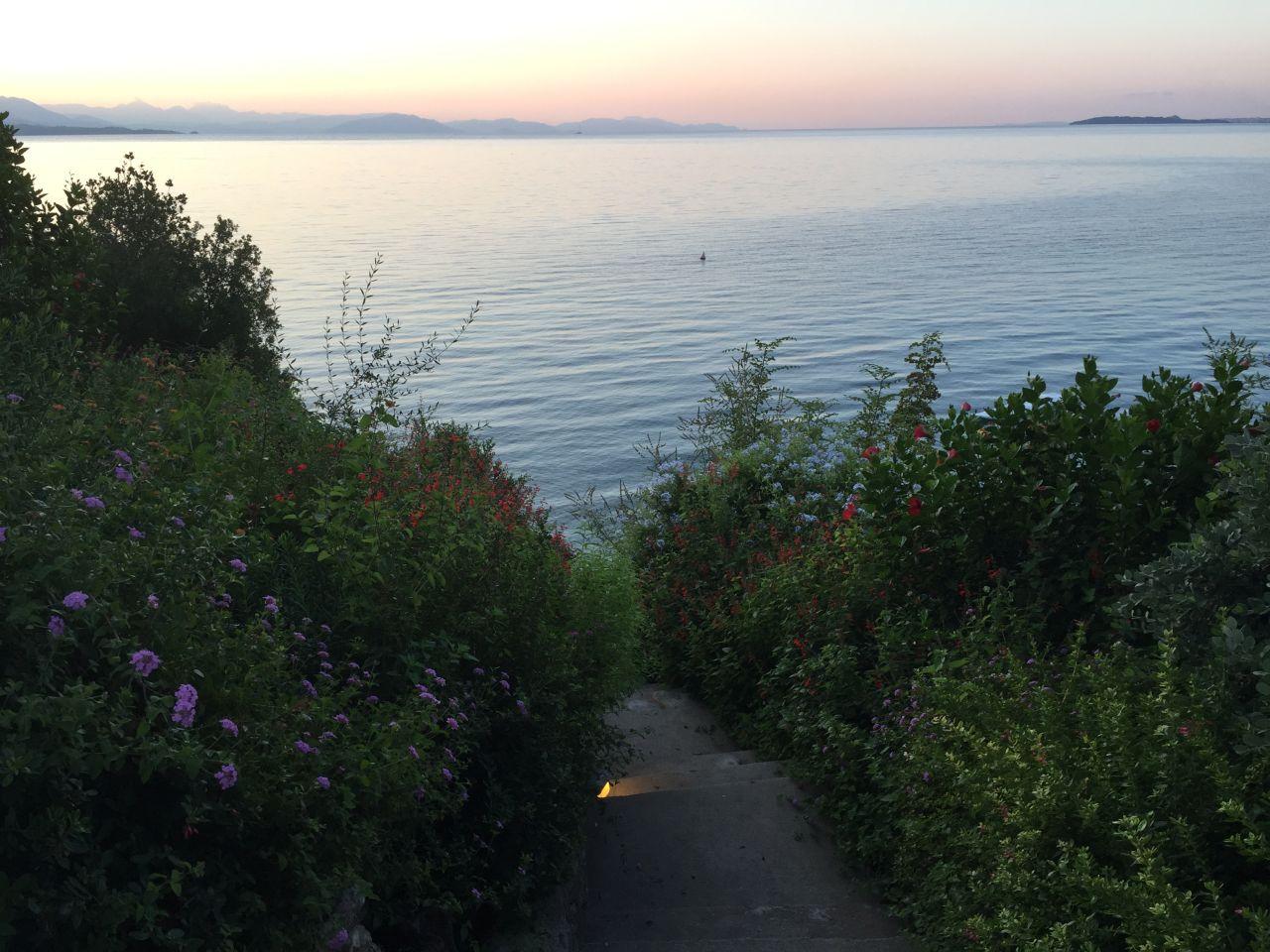 Ador vegetatia bogata din insulele grecesti