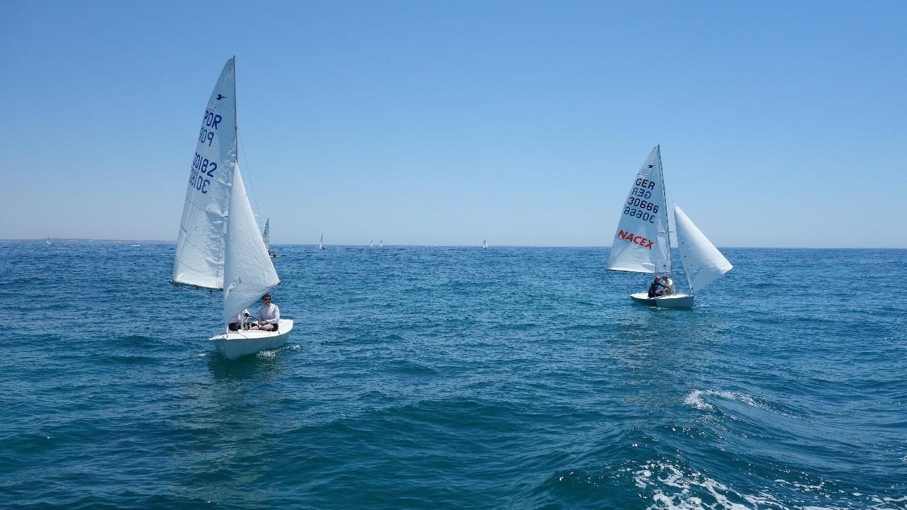 Sailing Cruise