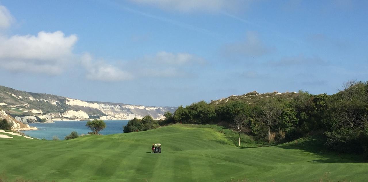 Unul din terenurile de golf din Resort
