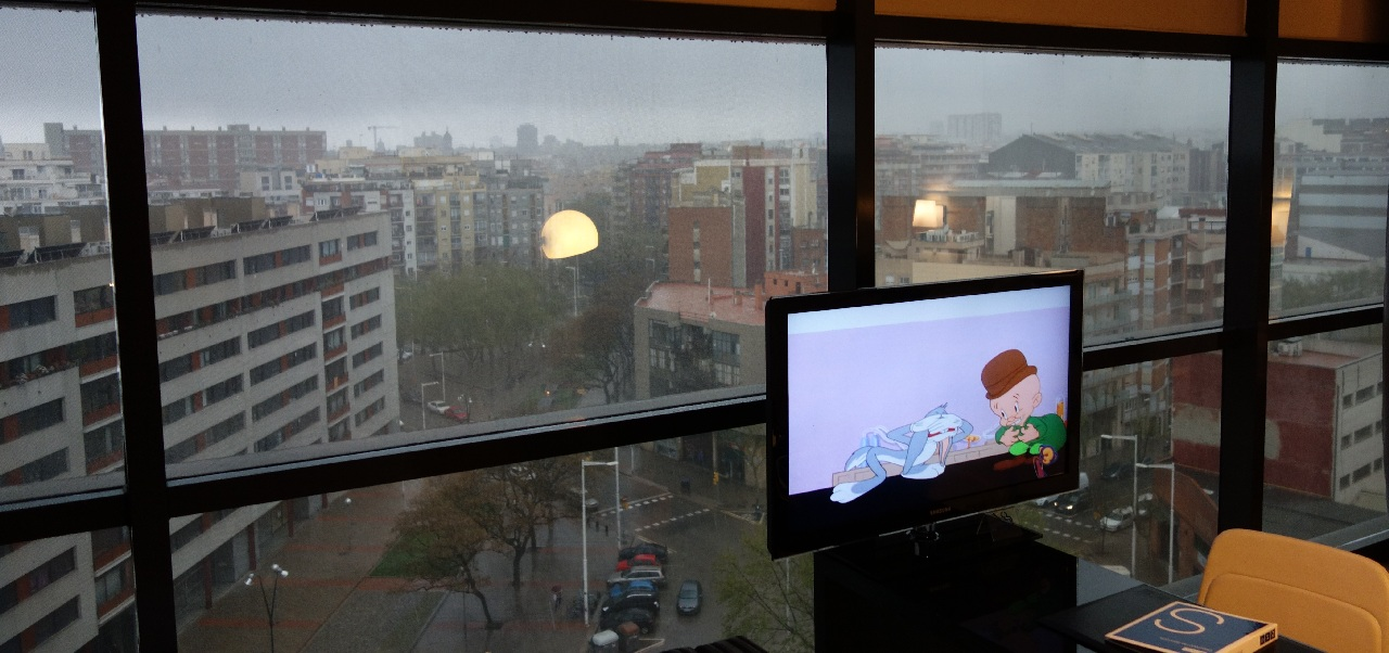Furtuna din Barcelona vazuta de la inaltime