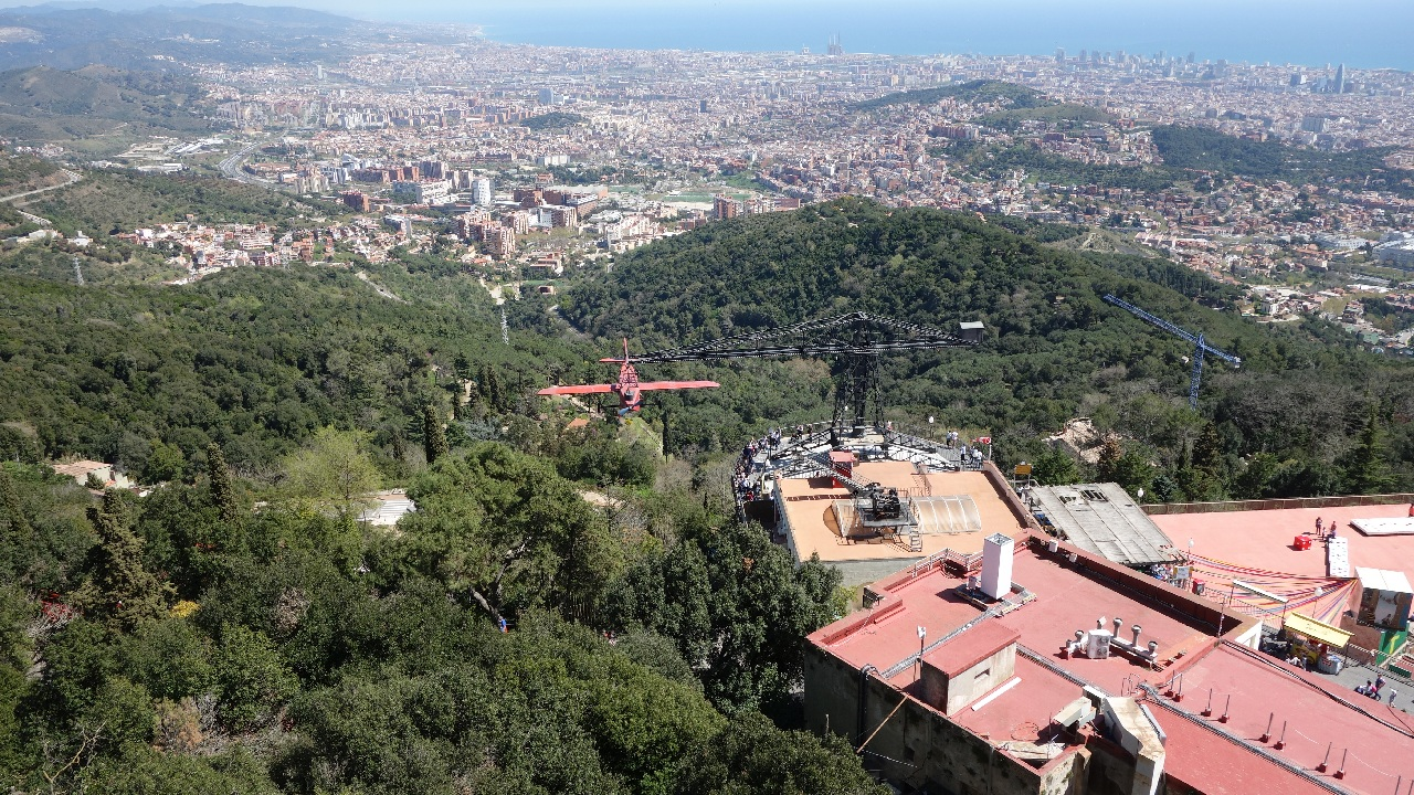 Barcelona, vazuta de pe Tibidabo