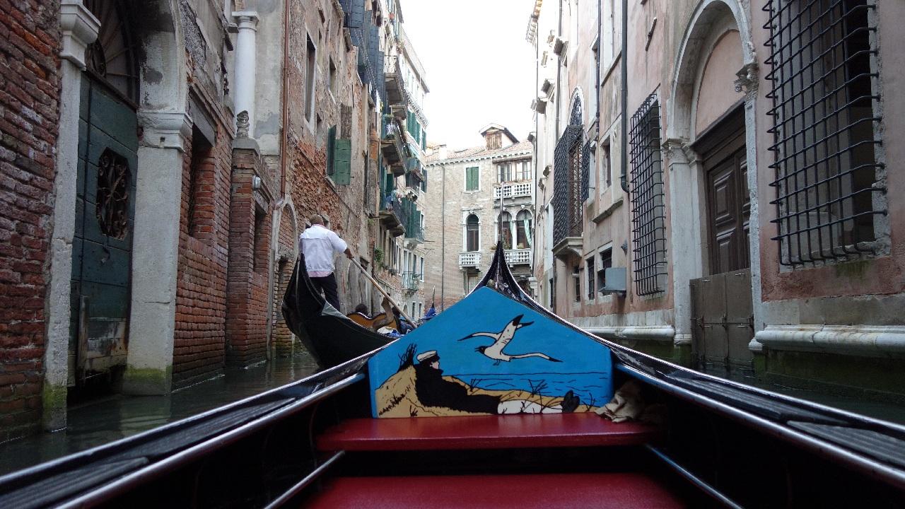 """Gondola, Gondola, Gondolaaaa..."" - e strigatul care se aude prin oras"