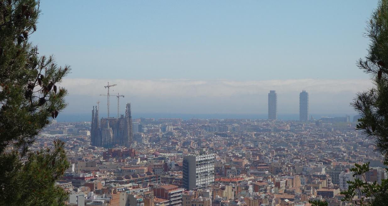 Barcelona vazuta din Parc Guell