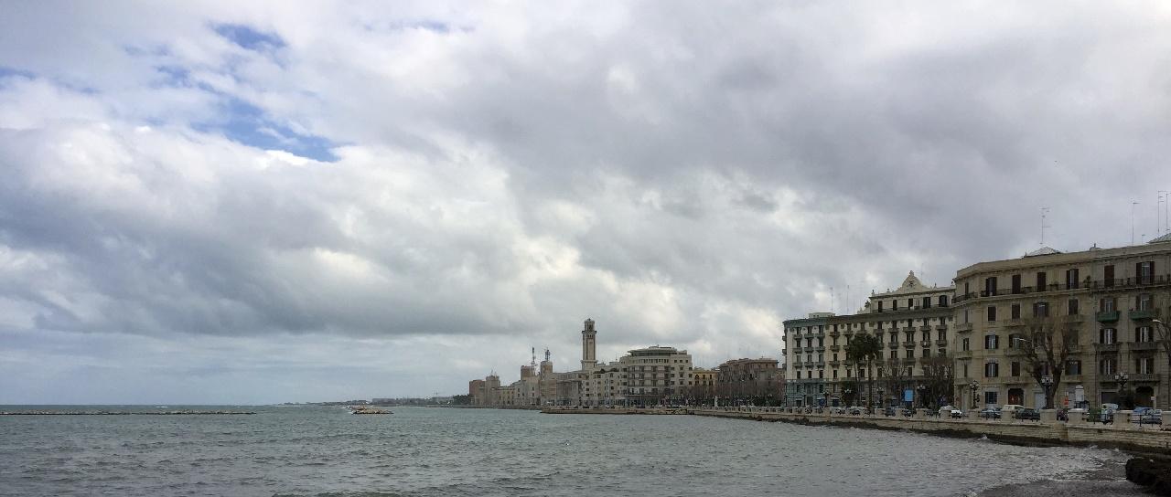 Lungomare - Faleza orasului Bari