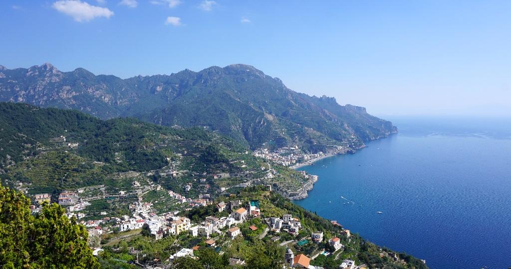 Cu masina inchiriata pe Coasta Amalfitana